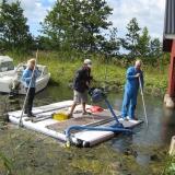 Perfekt för att suga ur båthus och andra ställen där det är svårt att komma åt med en grävare